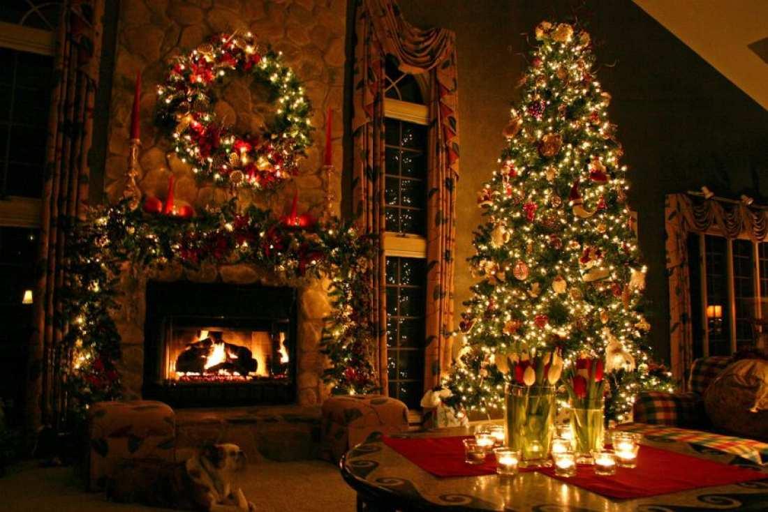 πρώτο Χριστουγεννιάτικο στολίδι το 1950 χρονολογείται